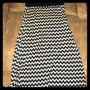 Size L TH Maxi Skirt